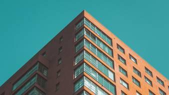 Inwestycyjny boom w mieszkaniówce w potrzasku pandemii