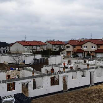 Rodzinne Komorniki – dwa etapy w budowie