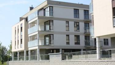 Bartycka Residence