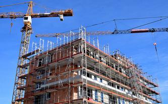 Budowa bloku jest dwa razy droższa niż 20 lat temu