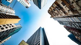 Budownictwo mieszkaniowe wciąż na fali w obliczu nadchodzących zagrożeń