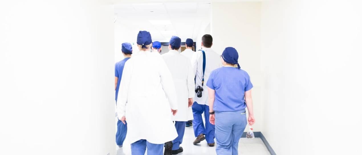 Koronawirus. Deweloperzy i pośrednicy wspierają służbę zdrowia
