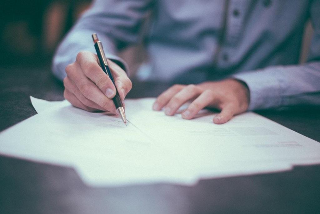 Umowa między wykonawcą a właścicielem