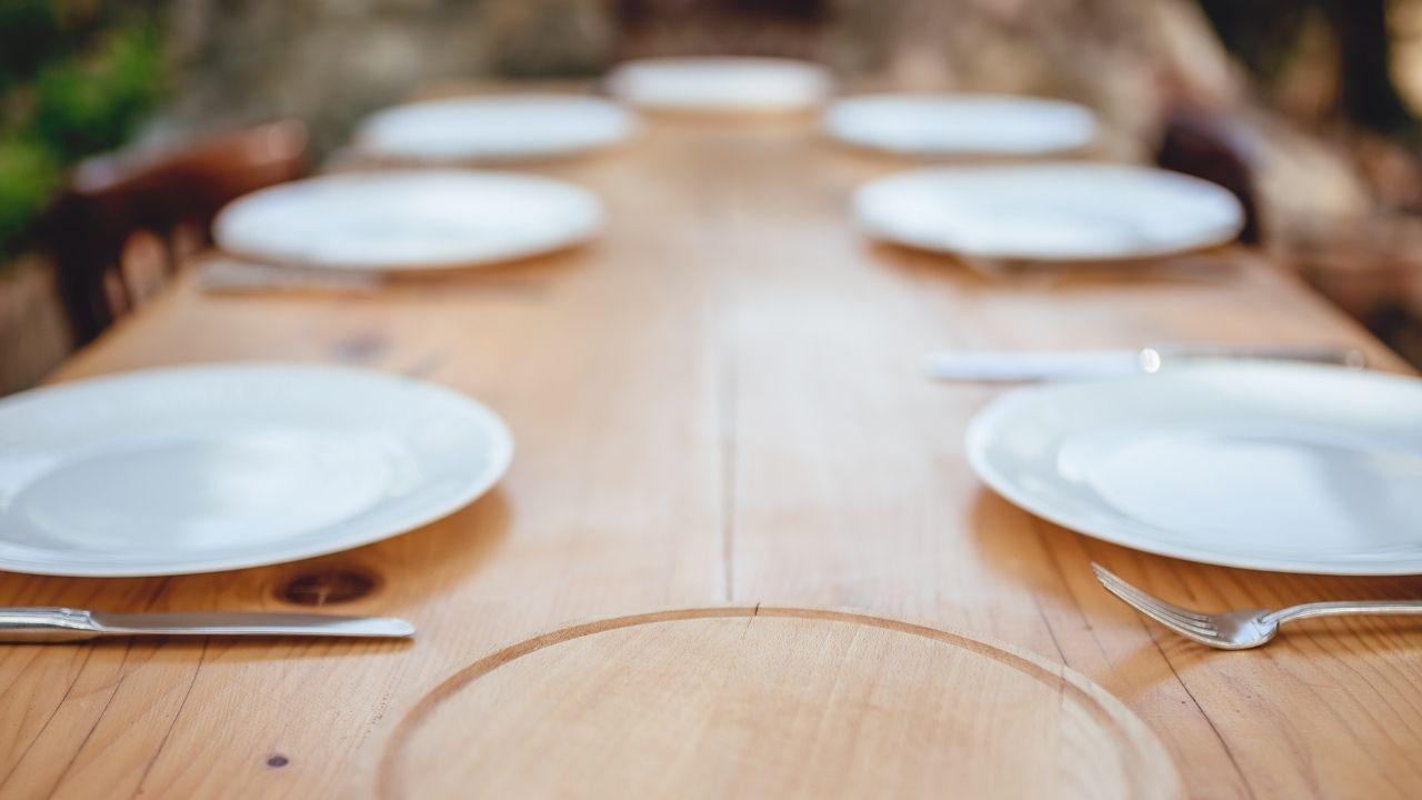 Rozkładany stół do jadalni