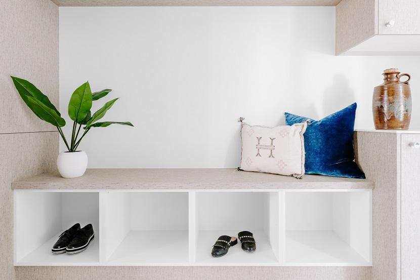Meble do przedpokoju - szafka na buty
