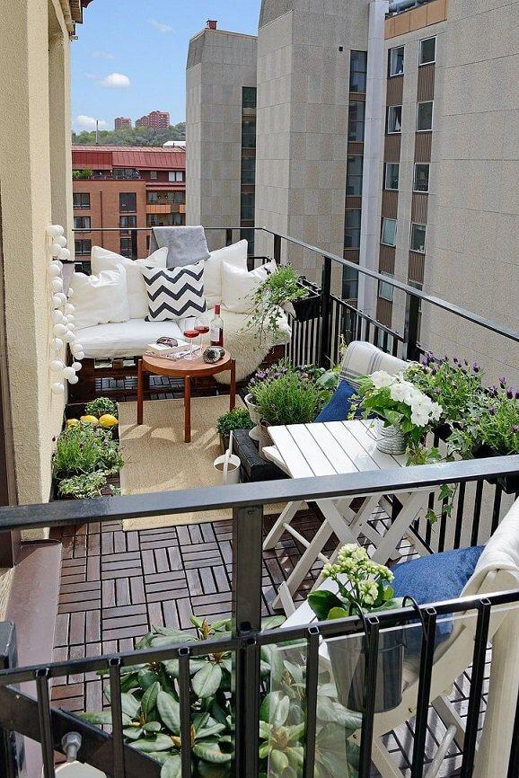 balkon w bloku - aranżacja