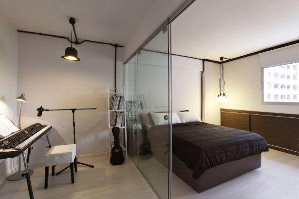 szklana ściana w sypialni