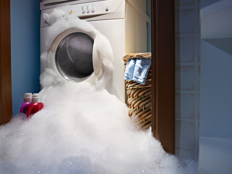 Zalane mieszkanie - pralka