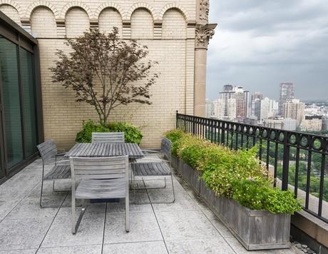 Loggia balkonowa w stylu postindustrialny a'la loft