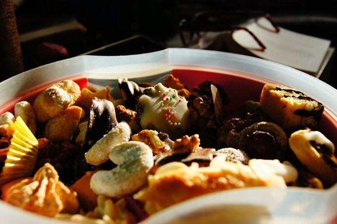 Świąteczne potrawy na wigilijnym stole